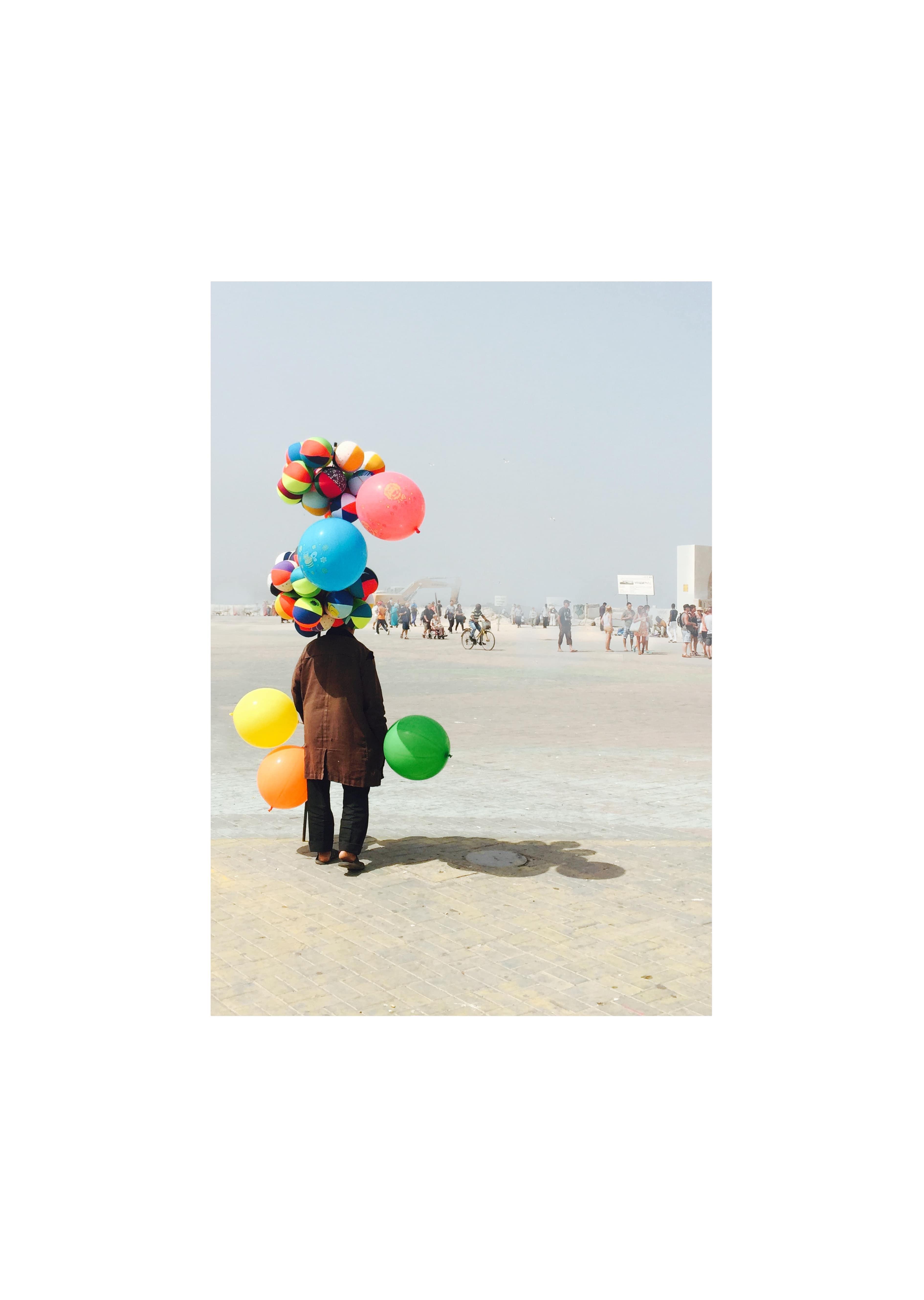 L'homme Aux Ballons